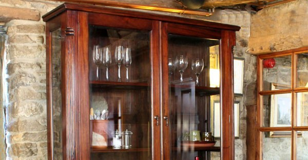 Wall Display Cabinets | Free Standing & Wall Mounted Cabinets