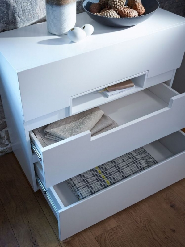 Victoria White Chest of Drawer with White Accent - 3 Drawer