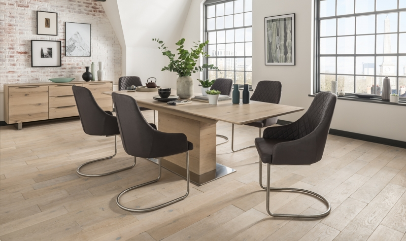Vida Living Bremen Oak Extending Dining Table