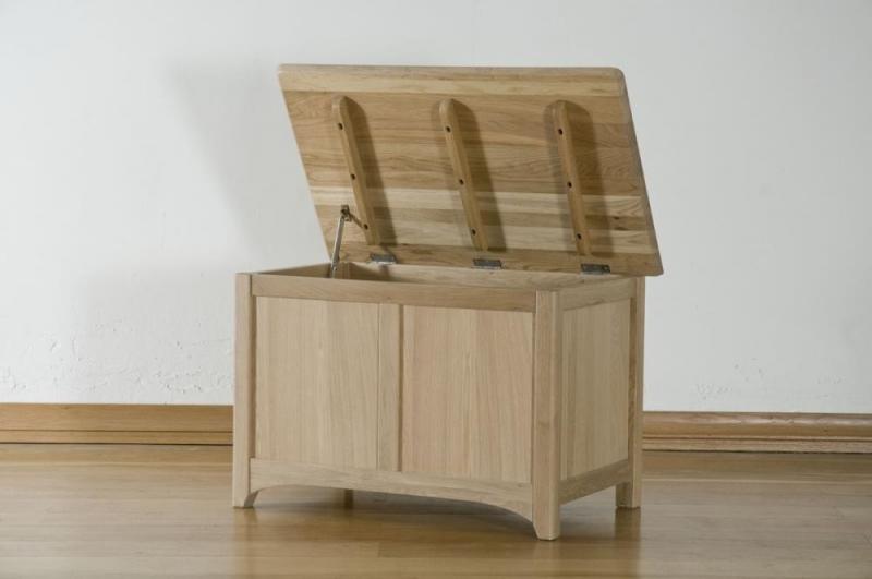 Toulouse Oak Blanket Box