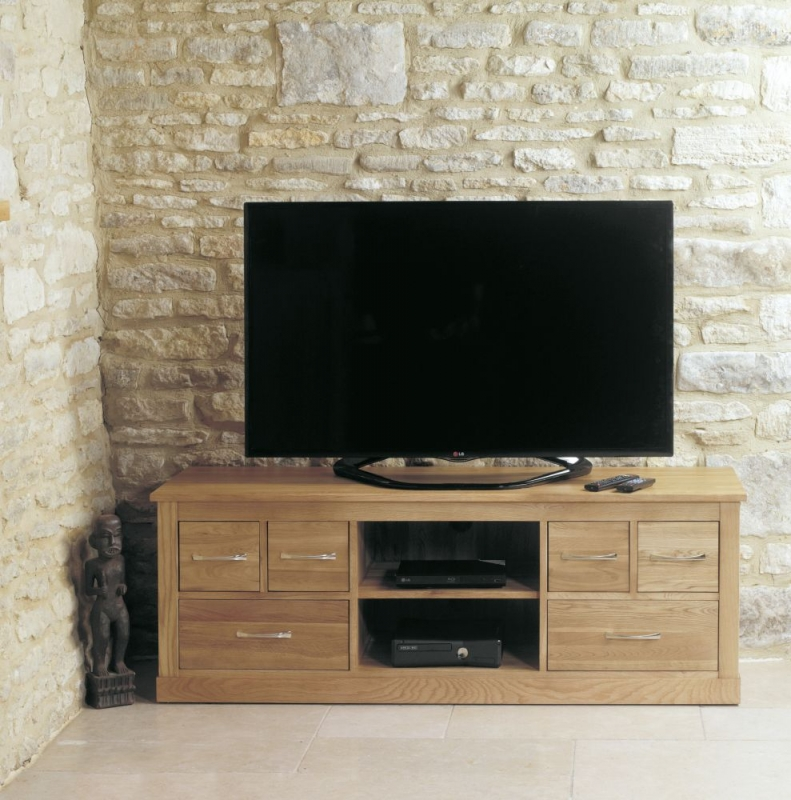 Baumhaus Mobel Oak Wide TV Cabinet