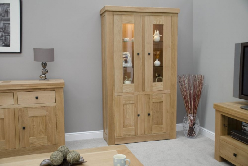 Homestyle GB Bordeaux Oak 4 Door Glass Display Unit