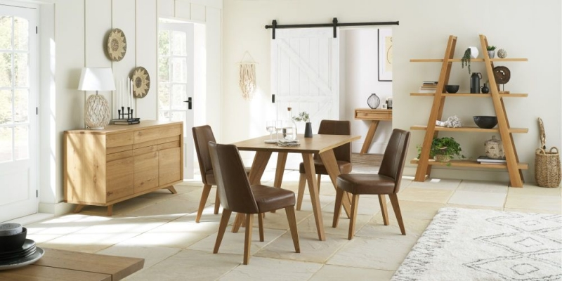 Bentley Designs Cadell Rustic Oak 4 Seater Rectangular Dining Table - 130cm
