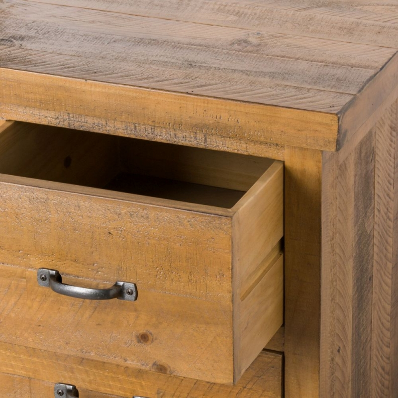 Hill Interiors Deanery Solid Rustic Pine 9 Drawer Chest