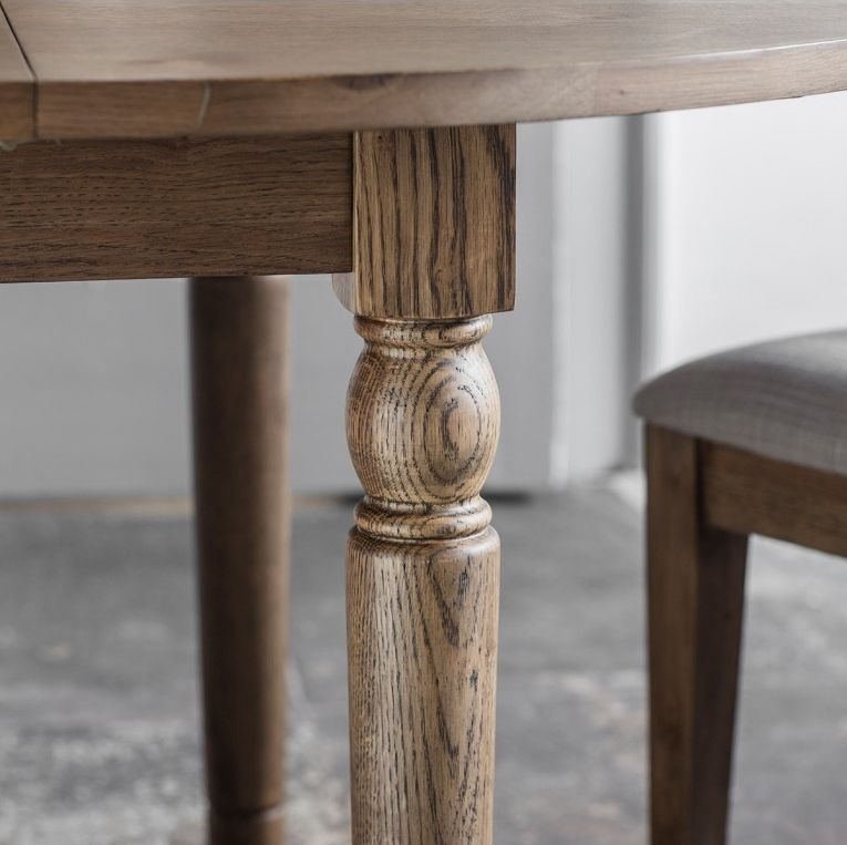 Gallery Cookham Oak Round Extending Dining Table and Chairs