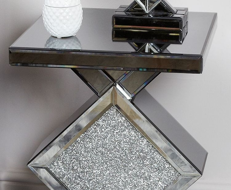 Naro Smoked Mirrored End Table