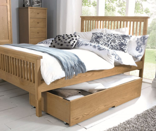 Bentley Designs Atlanta Oak Bedstead - High Foot End
