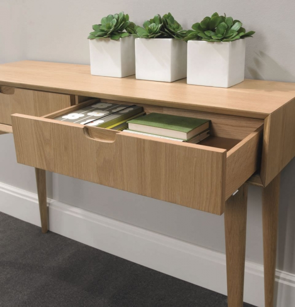 Bentley Designs Oslo Oak Console Table with Drawer  : 4Bentley Designs Oslo Oak Console Table with Drawer 02 from www.choicefurnituresuperstore.co.uk size 600 x 625 jpeg 193kB