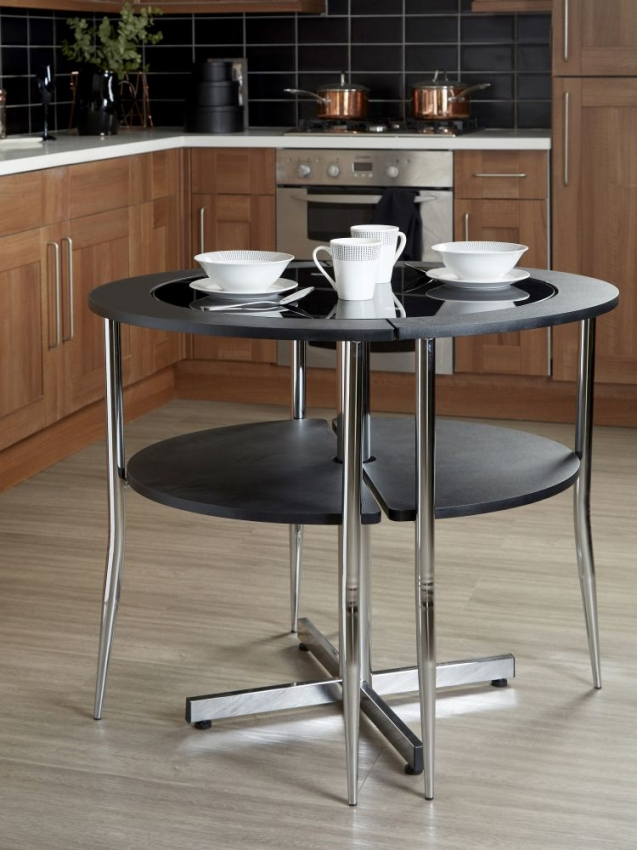 Orchid Black Veneer Round Love Dining Set
