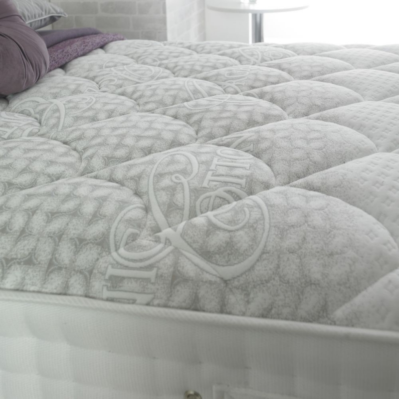 Dura Beds Cirrus 2000 Luxury Pocket Spring Mattress