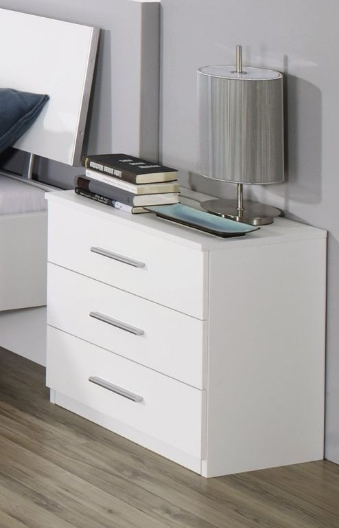 Rauch Celle 4 Drawer Chest in Alpine White and High Gloss White