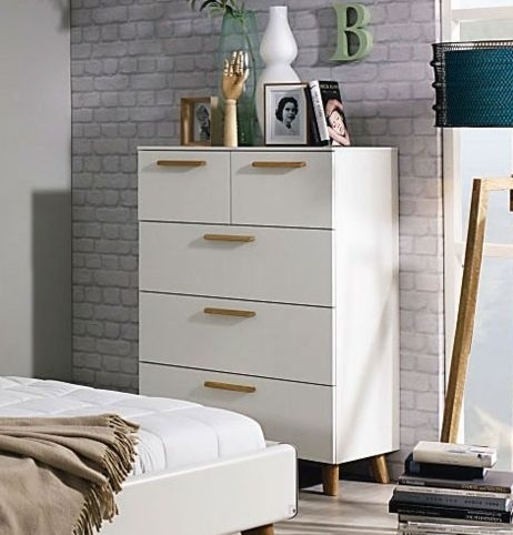 Rauch Mavi Extra 1 Door 6 Drawer Chest in Alpine White