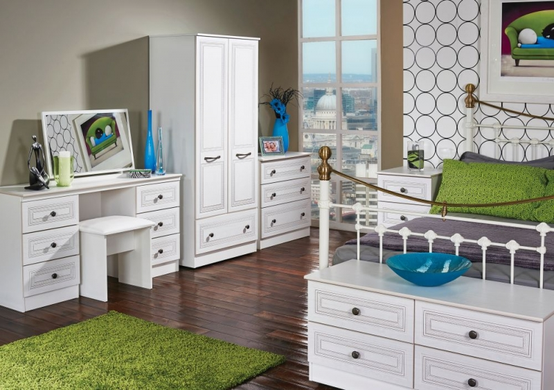 Oyster Bay Signature White 2 Door 1 Drawer Wardrobe