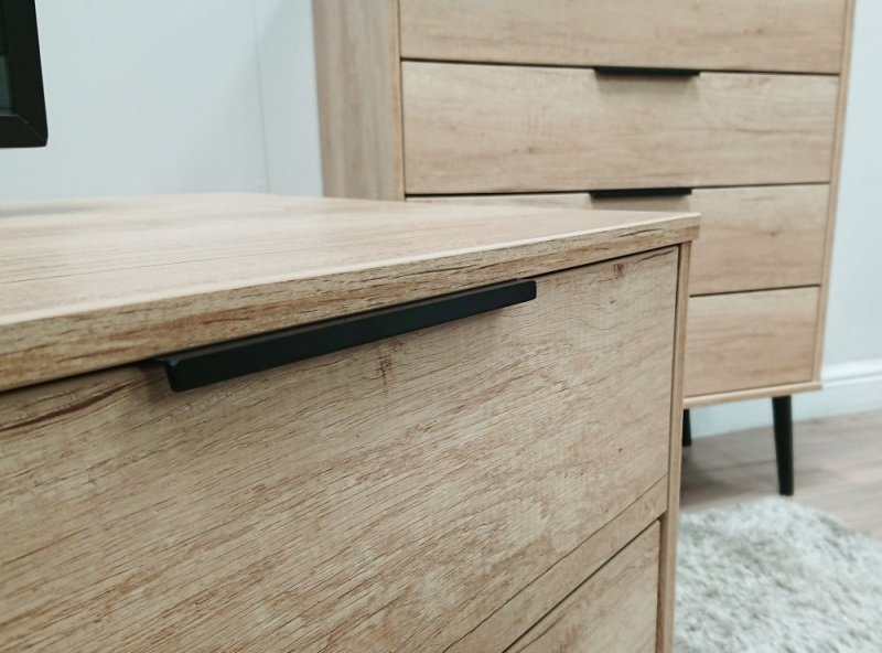 Hong Kong Nebraska Oak Tall Bedside Cabinet with Hairpin Legs