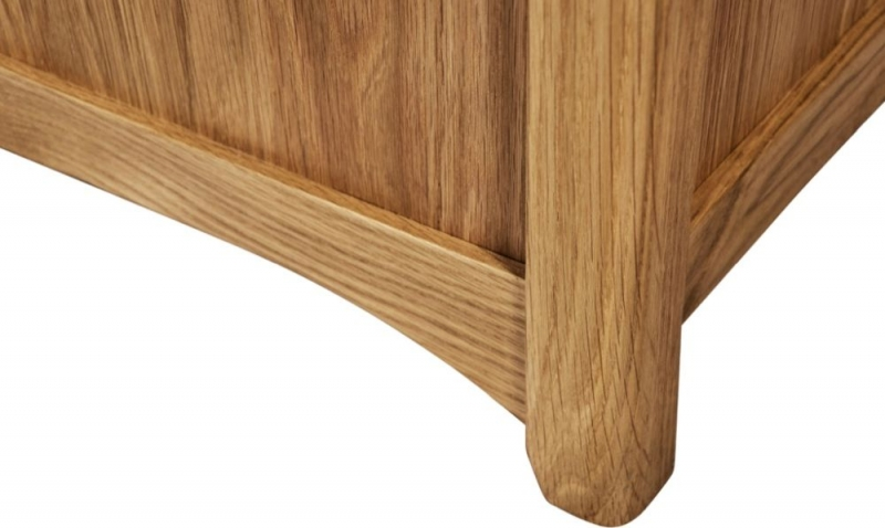 Tuscany Oak Small Blanket Box