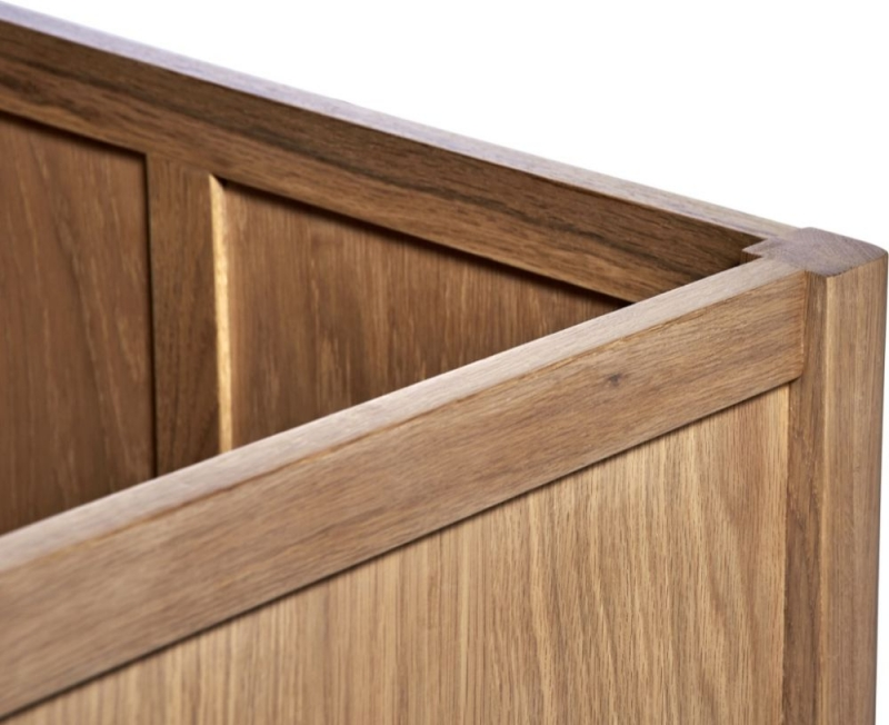 Toulouse Oak Small Blanket Box
