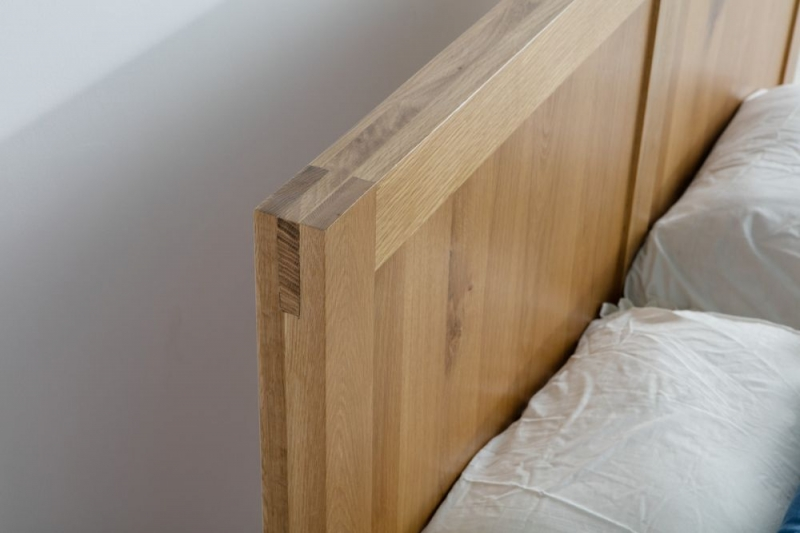 Birlea Bellevue Oak Bed