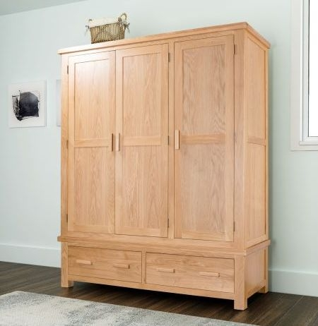 Cambridge Oak 3 Door Wardrobe