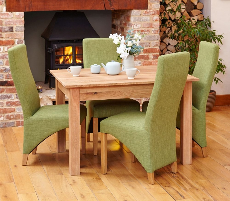 Baumhaus Mobel Oak Small Dining Table