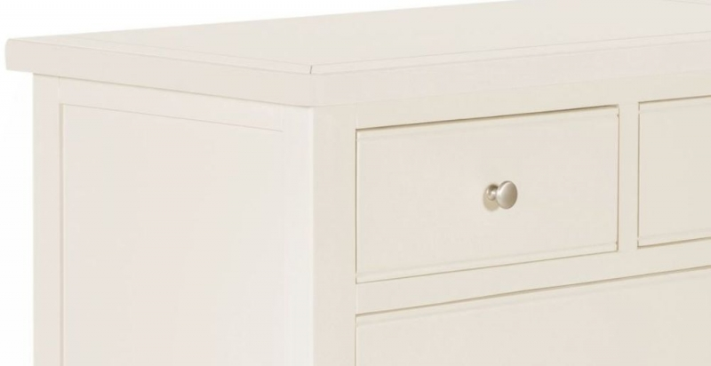 Lily White Painted 2 Over 2 Drawer Chest