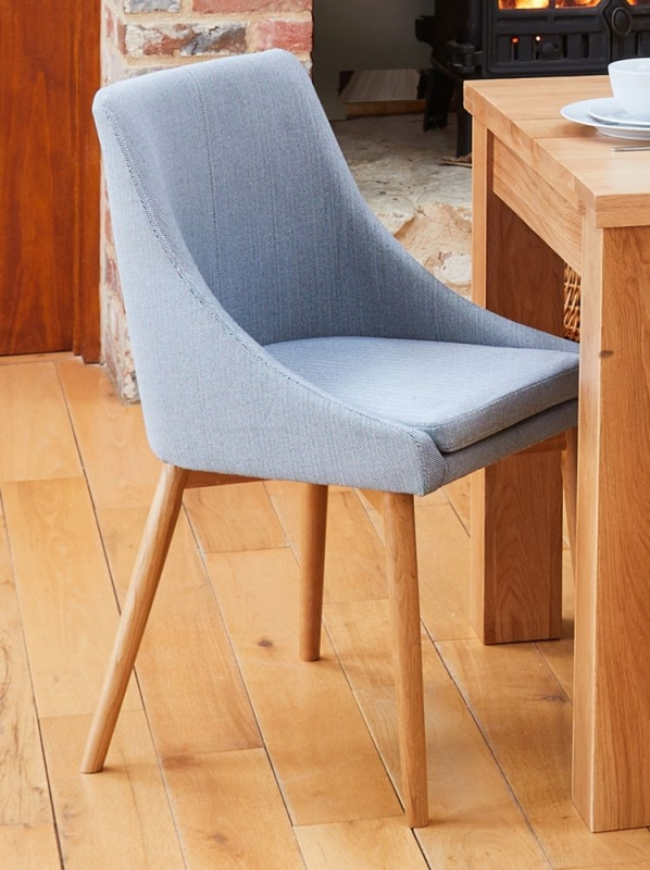 Baumhaus Mobel Oak Extending Dining Table and 4 Grey Fabric Dining Chairs