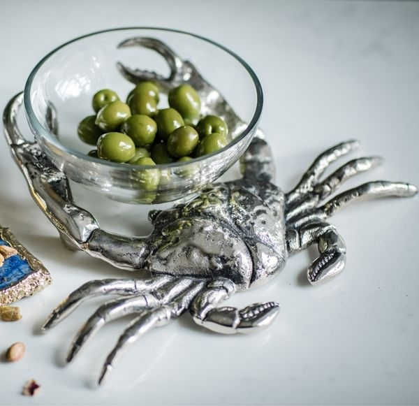 Cullinary Concept Crab with Glass Nibbles Bowl