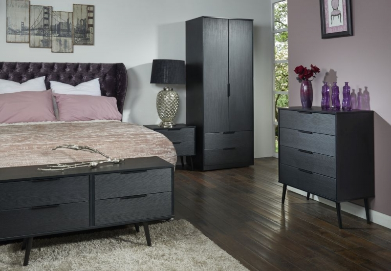 Clearance - Hong Kong Black 4 Drawer Chest with Wooden Legs - New - FS0049