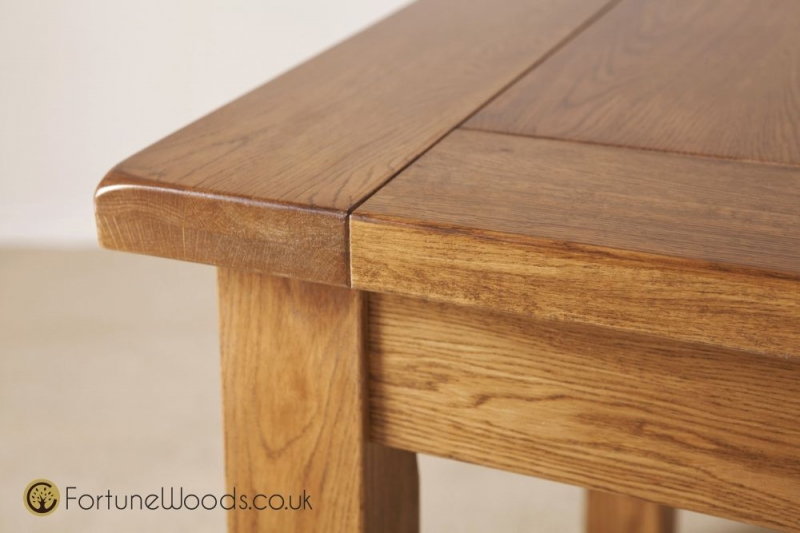 Rustic Oak Dining Table - 6ft 8in Extending with 2 Leaf