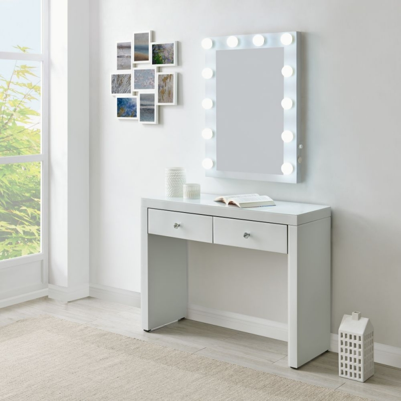 Hollywood White Console Table and Lighting Mirror with Bluetooth