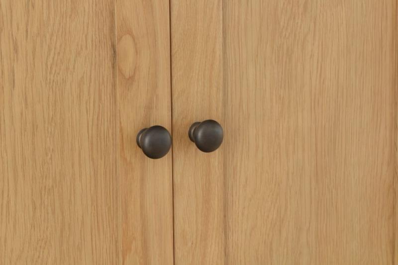 Hampton Rustic Oak 2 Door Wardrobe