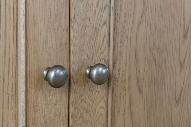 Hatton Oak 2 Door 2 Drawer Sideboard