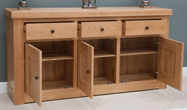 Homestyle GB Bordeaux Oak Sideboard - 3 Door 3 Drawer