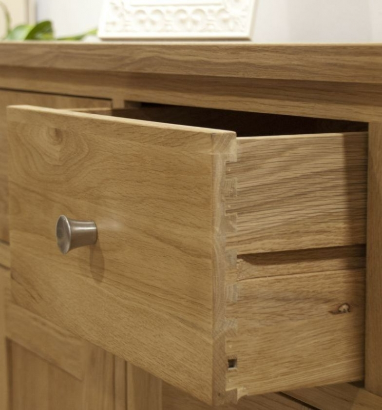 Homestyle GB Torino Oak 5 Drawer Wellington Chest