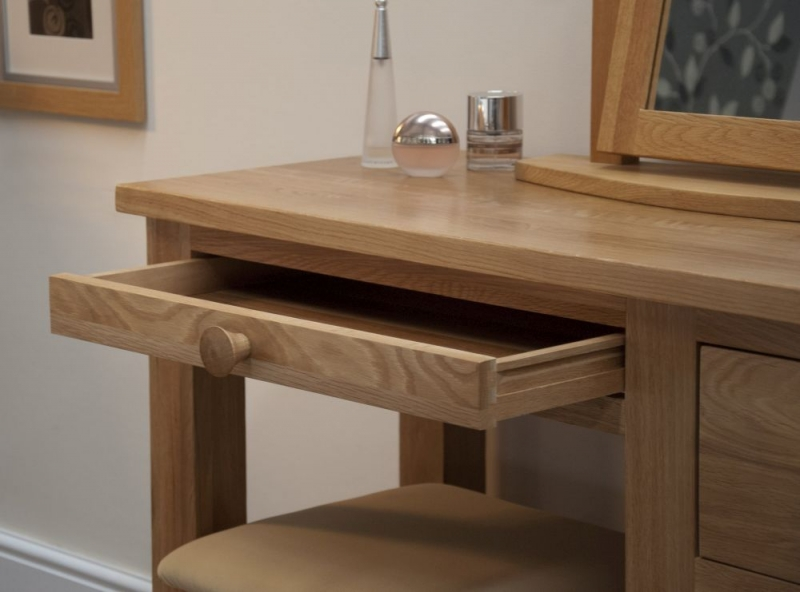 Homestyle GB Torino Oak Dressing Table with Stool