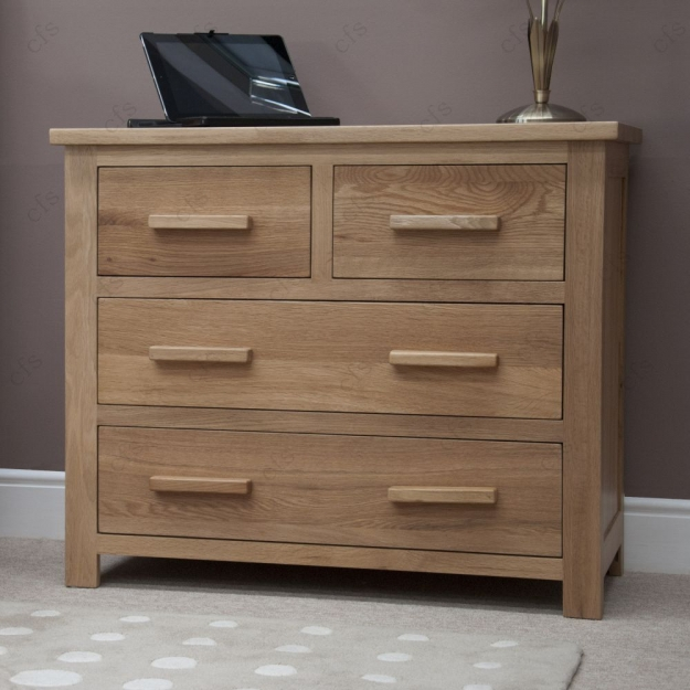 Homestyle GB Opus Oak Chest of Drawer - 2 Over 2 Drawer