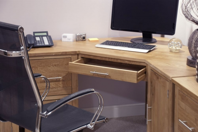 Homestyle GB Opus Oak Corner Desk
