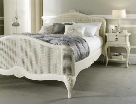 Willis and Gambier Ivory Bedstead - High End