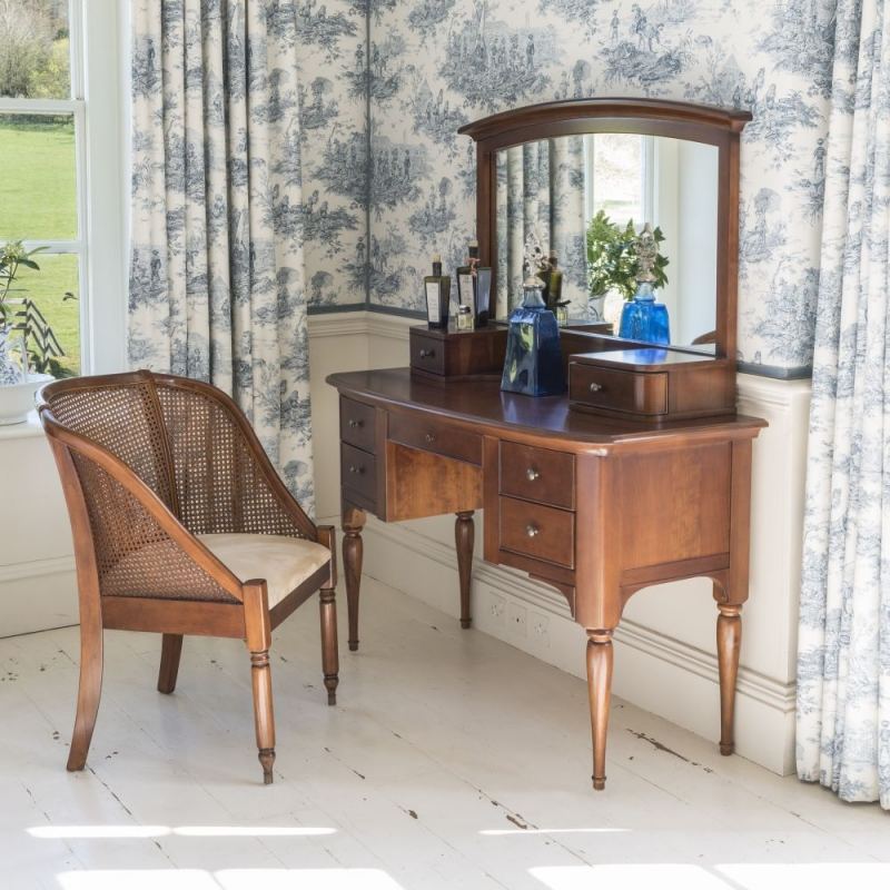 Willis and Gambier Lille Cherry 5 Drawer Dressing Table
