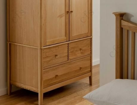 Willis and Gambier Spirit Oak Double Wardrobe with 3 Drawer