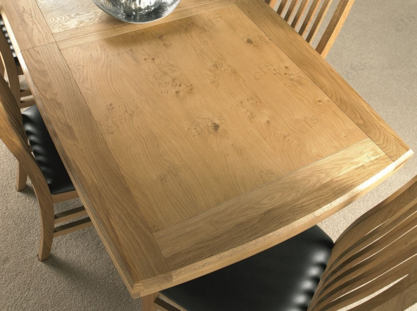 Bentley Designs Turner Oak Dining Table - 6-8 Seater Centre Extending