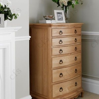 Willis and Gambier Charlotte Oak 6 Chest of Drawer