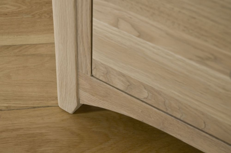 Toulouse Oak Chest of Drawer - 4+2 Drawer