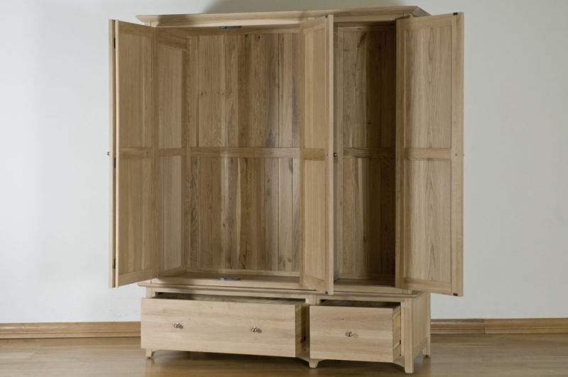 Toulouse Oak Wardrobe - Triple with Drawer