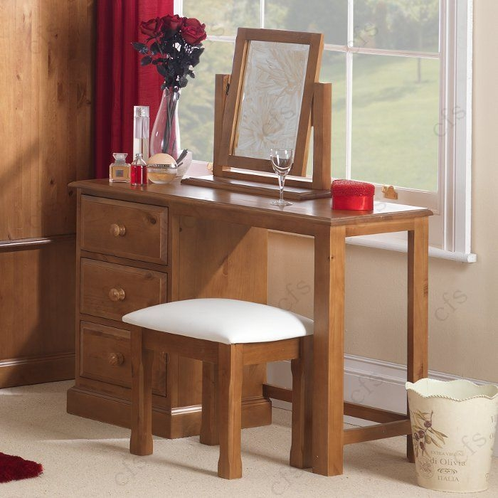 Hendon Pine Dressing Stool