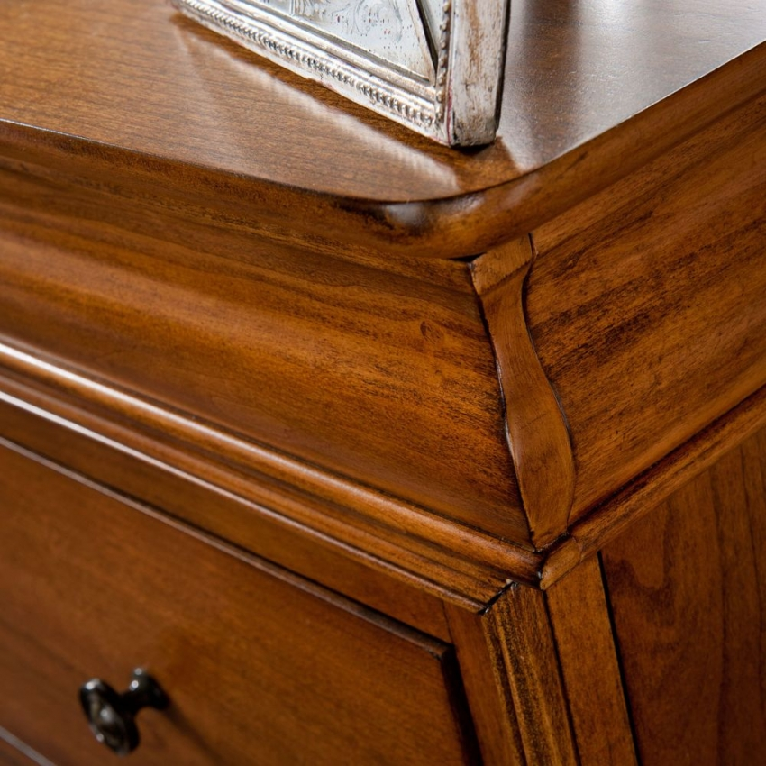 Willis and Gambier Louis Philippe Honeycomb Tall 6 Chest of Drawer