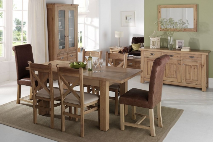 Willis and Gambier Tuscany Hills Oak Dining Table - 160cm-230cm Rectangular Large Extending