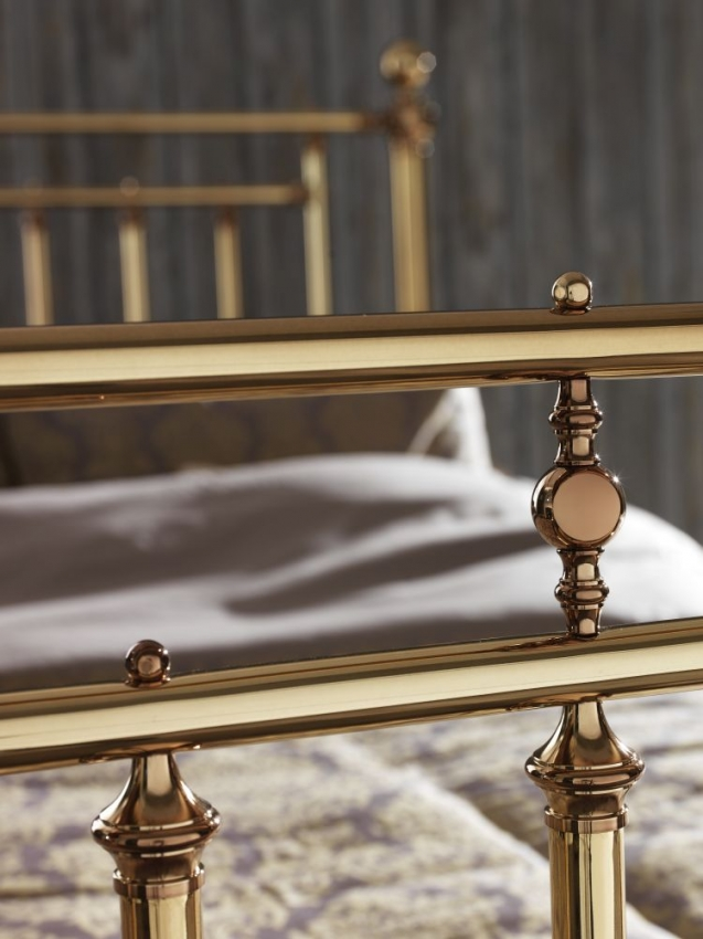 Serene Precious Solomon Brass Metal Bed