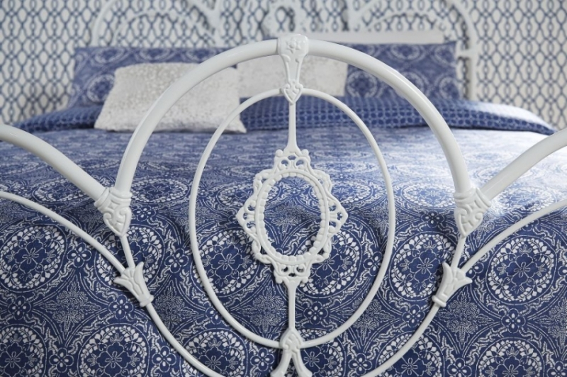 Serene Harriet White Metal Bed