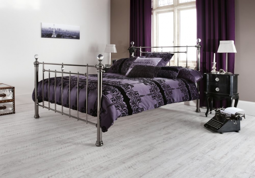 Serene Precious Clara Black Nickel Metal Bed