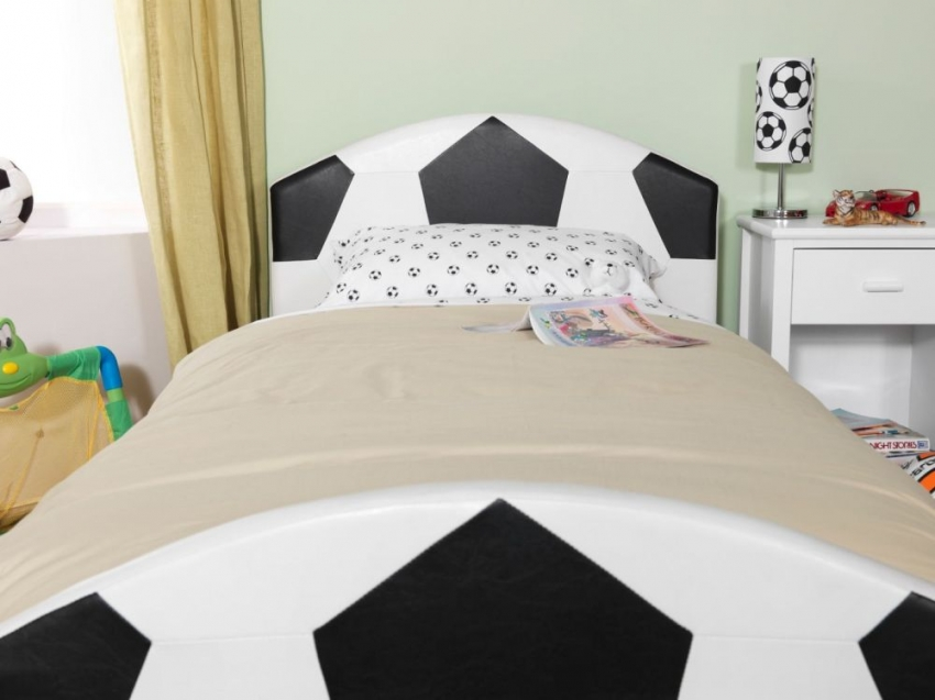 Serene Pallone Faux Leather Football Bed - 3ft Single